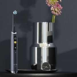 Oral B iO Series 9S elektrisk tandbørste Sort
